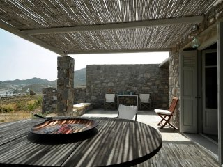 2 bedroom Villa with Internet Access in Livadi - Livadi vacation rentals