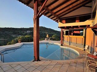 ESTATE KARES-MESONETTE - Tylissos vacation rentals