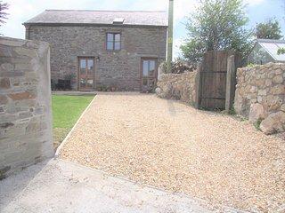 The Barn, Trelash, Otterham, a romantic retreat in North Cornwall - Otterham vacation rentals