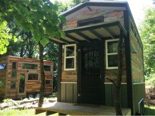 1 bedroom Caravan/mobile home with Microwave in Speedway - Speedway vacation rentals