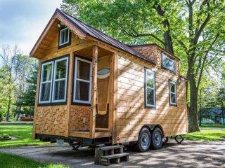 Cozy 1 bedroom House in Speedway - Speedway vacation rentals
