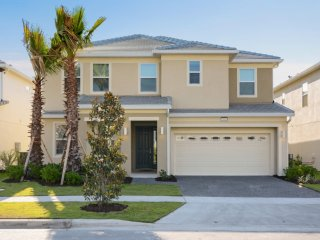 10 bedroom new home beautifully decorated - Kissimmee vacation rentals