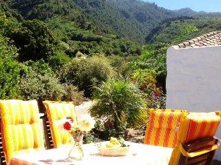 3 bedroom Villa in La Orotava, Tenerife, Canary Islands : ref 2217206 - La Orotava vacation rentals