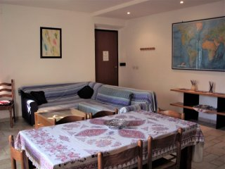 Cheap and Chic apartment: sleeps 9 in Rome!! - Rome vacation rentals