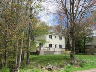 New! 3BR Home Across from Lake/Playground - Pocono Lake vacation rentals