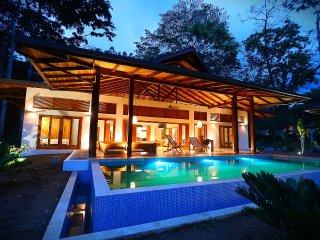 Zen Villa. Luxury Balinese style villas - Cocles vacation rentals