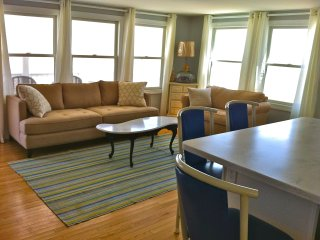 Lovely Condo with Internet Access and A/C - Beach Haven vacation rentals