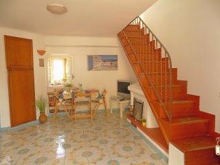 casa geranio amalfi coast - Maiori vacation rentals
