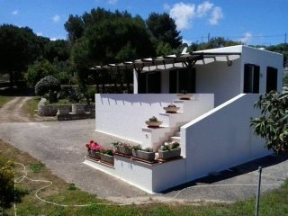 Wonderful 4 bedroom Marina di Novaglie Villa with Deck - Marina di Novaglie vacation rentals