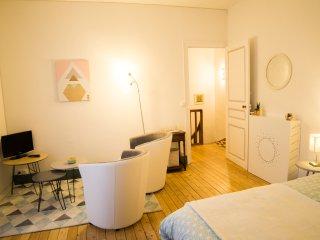 Maison calme en ville proche Puy du Fou - Cholet vacation rentals
