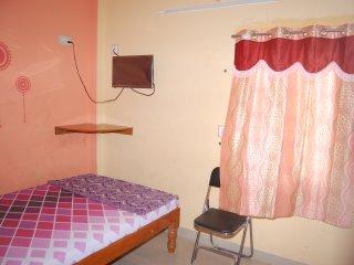 Beautiful Lodge with Internet Access and A/C - Tiruvannamalai vacation rentals