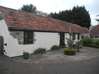 Nice Barn with Central Heating and Television - Oldbury-on-Severn vacation rentals
