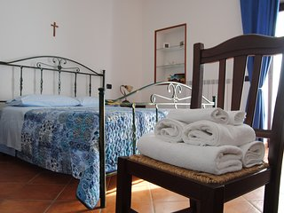Bright 3 bedroom Bed and Breakfast in Cusano Mutri with Deck - Cusano Mutri vacation rentals