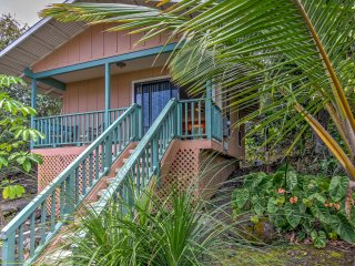 NEW! Kona Studio Cottage w/Ocean Views & Lanai - Holualoa vacation rentals
