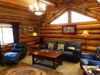 Log Home, Tucked Up Against Red Mountain,Walk to Downtown and Pool! JUNE SPECIAL - Glenwood Springs vacation rentals