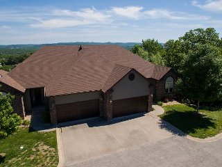 Kyler's Kondo - Located at Stonebridge Resort, only minutes away from SDC! - Branson West vacation rentals