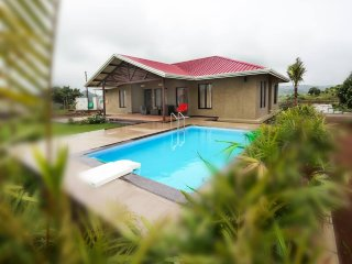Kings ,4BHK Secluded Villa with Pool Near Igatpuri - Igatpuri vacation rentals