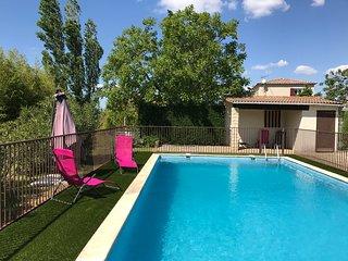 Villa Beauregard; spacieuse villa avec piscine située entre Uzès et Nîmes - Saint-Chaptes vacation rentals