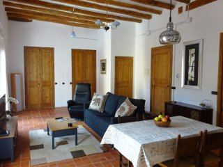 A hidden gem in beautiful hilltop wine village - Barbera de la Conca vacation rentals