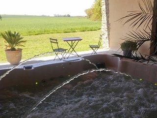 Chambres Proche du Puy du Fou en Vendée - Mouchamps vacation rentals