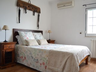 Fig Tree Room (20min drive from Albufeira) - Boliqueime vacation rentals