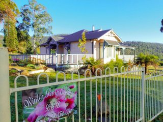 Perfect 3 bedroom Cottage in Marysville with A/C - Marysville vacation rentals