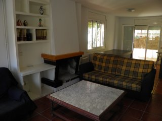 Nice Villa with A/C and Television - Cunit vacation rentals