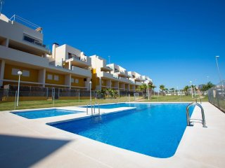 Nice Townhouse with Internet Access and A/C - Playa Flamenca vacation rentals