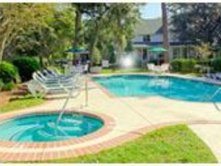REDUCED! The Cottages on Beautiful Shipyard Plantation - Hilton Head vacation rentals