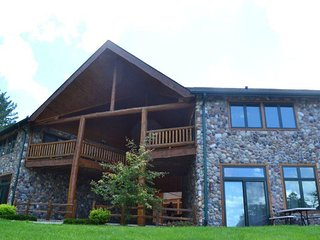 Minocqua Lake Condo #B7 - Minocqua vacation rentals