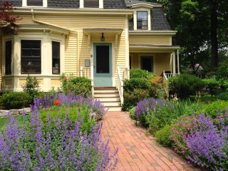 1-2 Sunny Bedrooms private bath in Historic Concord Center - Concord vacation rentals