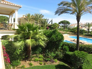 Royal Atmosphere One-bedroom apartment with terrace and pool view - Vale do Lobo vacation rentals