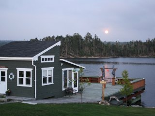 Romantic 1 bedroom Cottage in Bayside - Bayside vacation rentals