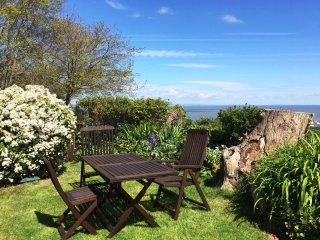 Oak Bungalow, Blue Anchor - Sleeps 3 - sea views - private garden - accessible - Old Cleeve vacation rentals