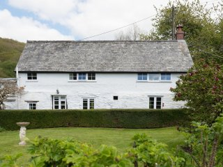 Bratton Mill Cottage, Bratton Fleming - Charming country cottage in North - Bratton Fleming vacation rentals