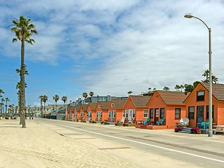 Beautiful Beach Rental at Roberts Cottages #20 - Oceanside vacation rentals