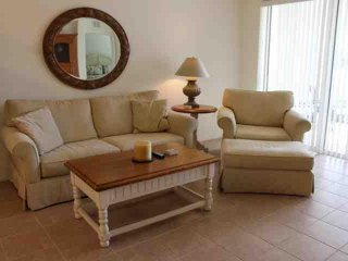 Updated 2 Bedroom Colonial Country Club Condo - Fort Myers vacation rentals