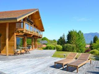 ST JORIOZ-MAISON BOIS AVEC PISCINE et VUE - Saint-Jorioz vacation rentals