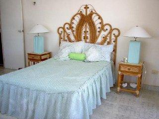 Cozy 3 bedroom House in Progreso - Progreso vacation rentals