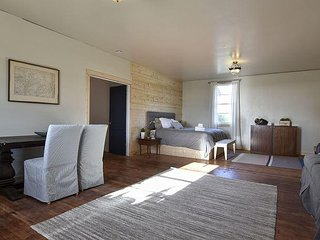 Comfortable 1 bedroom Lodge in Samoa with Television - Samoa vacation rentals
