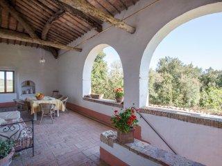 2 bedroom Farmhouse Barn with Internet Access in Chiusdino - Chiusdino vacation rentals