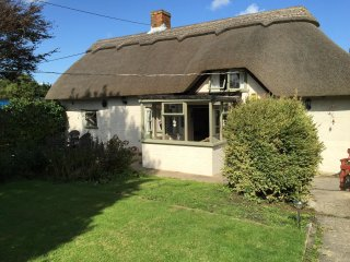 Thatched cottage, New Forest, luxurious & jacuzzi - Beaulieu vacation rentals