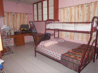 Bright 4 bedroom Vacation Rental in Kampung Teluk Kemang - Kampung Teluk Kemang vacation rentals