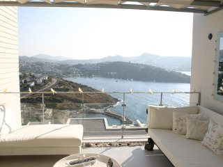 Gündoğan Ultra Luxery Residance Villa With Sea View And Private Beach # 90 - Gundogan vacation rentals