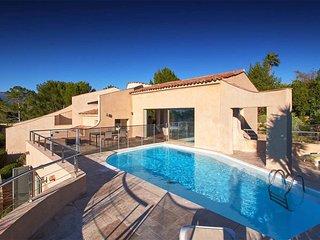 Villa d'architecte avec piscine dans l'arrière-pay - Mouans-Sartoux vacation rentals