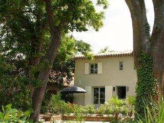 Trois-pièces avec jardin dans une bastide, aux por - Meyreuil vacation rentals