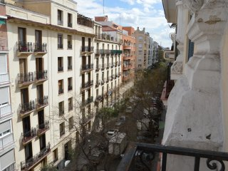 Salamanca Apartment, 3 bedrooms,... - Madrid vacation rentals