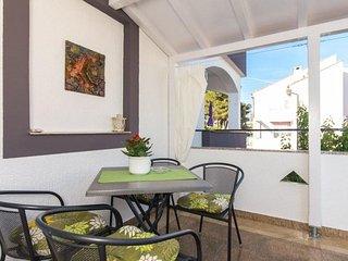 Cute 1-Bedroom Apartment Suzy in Krk Town - Krk vacation rentals