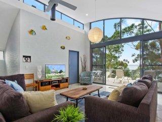 81 Northcove Road Clifftop Living - Long Beach vacation rentals