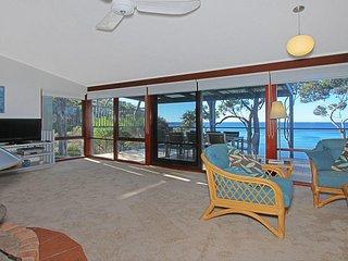 16 Baringa Crescent Clifftop Living - Malua Bay vacation rentals